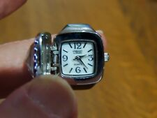 EMBASSY BY GRUEN LARGE CRYSTAL FINGER RING WATCH JAPAN QUARTZ MOVEMENT