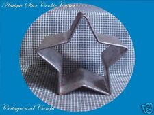 ANTIQUE Primitive HEAVY Tin Metal STAR COOKIE & BISCUIT CUTTER aged PATINA