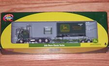 ATHEARN 7746 FREIGHTLINER TRACTOR WITH CHASSIS AND 20' CONTAINER JOHN DEERE