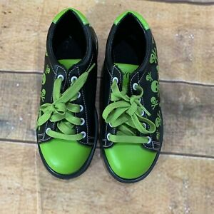 Pyramid Youth Skull Bowling Shoes Size 4 Black Green