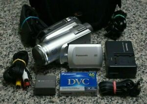 VTG Panasonic PV-GS83 Mini DV Camcorder NTSC 32x SD W/ Extras Tested Free Ship
