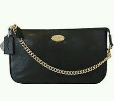 NWT COACH PEBBLED LEATHER LARGE WRISTLET W/ CHAIN F53340  CLUTCH Black Gold