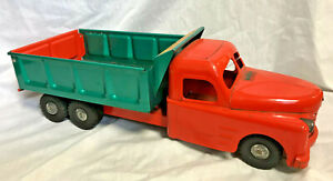 Collectible VTG Pressed Steel Structo Hydraulic Dump Truck Orange Green Toy
