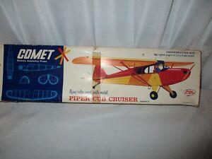"EARLY 1970's COMET PIPER CUB CRUISER BALSA FLYING MODEL KIT, 30"" WINGSPAN"