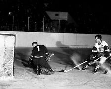 Detroit Red Wings GORDIE HOWE Glossy 8x10 Photo Scoring Print Hockey Poster