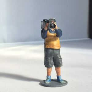Cameraman Figure for Scalextric Trackside Scenery.1:32