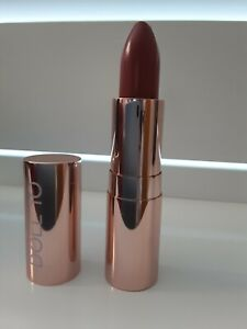 Doll 10 Lipstick Dedicated