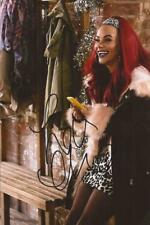 HOLLYOAKS/CASUALTY* CHELSEE HEALEY 'HONEY WRIGHT' SIGNED 6x4 ACTION PHOTO+COA