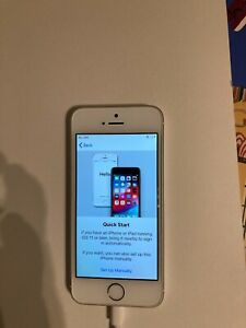 Apple iPhone SE - 64GB - Silver (O2) A1723 (CDMA + GSM)