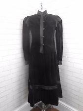 Vintage Ladies Two Piece Black Velvet Victorian Steampunk Skirt Jacket Suit 10