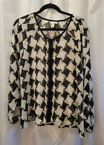 Charter Club Petite XL Black & White Pattern Peasant Top Preowned