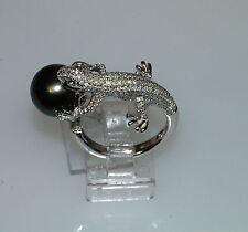 18K WHITE GOLD WHITE DIAMOND TAHITIAN BLACK PEARL GECKO LIZZARD RING