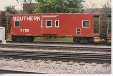 8A749 RP 1986 SOUTHERN RAILROAD CABOOSE #X758