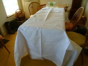 LARGE VINTAGE IRISH LINEN DAMASK TABLECLOTH - 70 X 90 INCHES