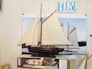 Model Yacht
