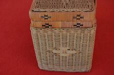 Antico piccolo cesto in vimini rattan vintage