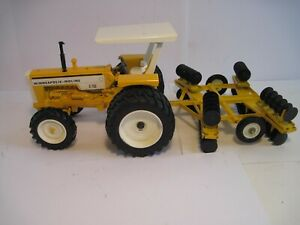 Minneapolis-Moline Farm Toy Tractor 1/16 G750 with MM Disc SHARP Set!