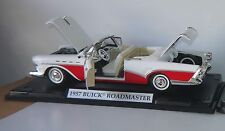 Motor Max 1957 Buick Roadmaster Diecast Convert. Auto Model Red & White /Mounted