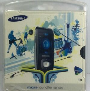 NEW Samsung YP-T9J 2GB MP3 Player & Voice Recorder w/USB Cable & CD Bundle