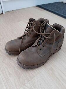 Skechers men's boots size 11  excellent condition, worn twice