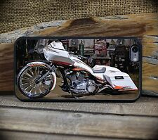 Harley RoadGlide Custom white  iPhone 5C through 7S+Samsung Galaxy S5,S6 or S7