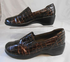 CLARKS Bendables Womens Clogs Size 6 M Patent Mock Crock Block Heel Bronze