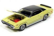 1/64 RACING CHAMPIONS 2B10 1971 Plymouth GTX (Curious Yellow)