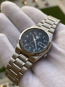 Seiko 5 SNK063J5 Automatic Watch Made in Japan RARE Arabic Dial Middle East EDT