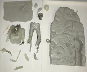 Vintage 1966 Aurora Forgotten Prisoner Plastic Model Kit