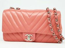 Chanel Chevron quilting flap bag pink patent leather silver metal classic cc v