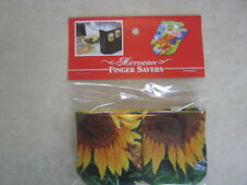 Sunflowers-Cotton-Microwave Oven Mitts--Hot Pads-Pot Holder-Patty's Mitts Free