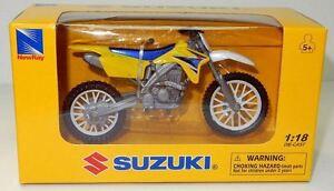 New-Ray Toy Model Suzuki RMZ 450 MX bike model - 1/18 scale, Motocross