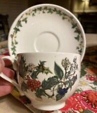 Portmeirion THE HOLLY AND THE IVY  - Cup (s) and Saucer (s) - 1995