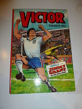 THE VICTOR BOOK for BOYS - Annual - Year 1992 - UK Annual ( Price Tab removed)