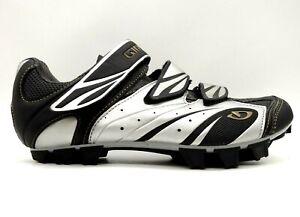 Gyro Reva Black Leather Adjustable Slip On 2 Bolt Cycling Shoes Women's 7.5