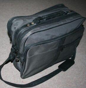 1980s True Vintage ST MICHAEL Briefcase/Laptop Case/Shoulder Bag Grey/Black M&S