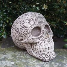 STONE GARDEN PAISLEY PATTERNED SKULL GOTHIC HUMAN HEAD ORNAMENT STATUE