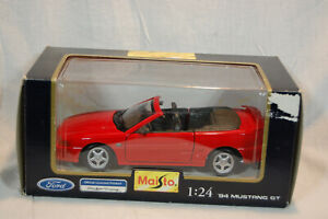 NIB Maisto 94' Mustang 1:24 Die Cast Metal Red Officially Licensed