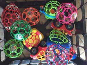 Choice : Kids II Oballs Toddler Toy Cars Football  Balls Frog easy grasp O Ball