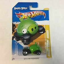 Angry Birds Minion #35 * GREEN * 2012 Hot Wheels * WB14