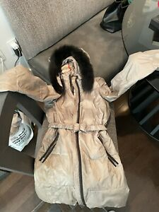 Burberry Girls Coat size 14 Puffer Removable hood and Fox Fur Olive