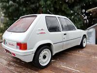 205 Rallye Solido 1/18eme , neuve, longueur 19cm