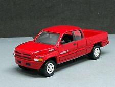 2000 DODGE RAM 2500 ADULT COLLECTIBLE 1/64 CLASSIC TRUCK LIMITED EDITION RED
