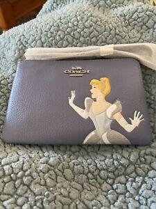 Disney X Coach Corner Zip Wristlet With Cinderella NEW