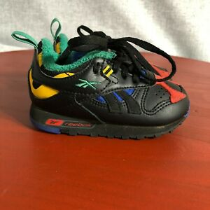 Reebok Classic Toddler Youth Size 5 Shoes Black Colorful Low Top Fashion Sneaker