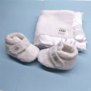 UGG 10948231 BIXBEE BOOTIE AND LOVEY BLANKET WHITE