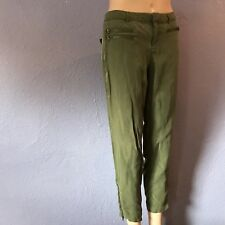 GUESS $108 Military Easy Green Skinny Leg Silky Cropped Pants Pockets 2 CUTE