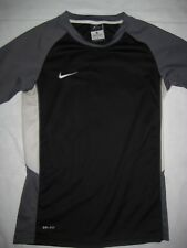 NIKE DRI-FIT boys short sleeve Shirt MEDIUM M FITNESS Gym Sports Black gray Run