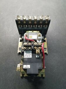 Square D LX0 60 Lighting Contactor.