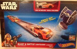 Hot Wheels Star Wars Blast & Battle Lightsaber Launcher Playset Die Cast Vehicle
